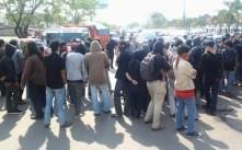 Mahasiswa blokade Jalan protes BBM naik 18.11.2014